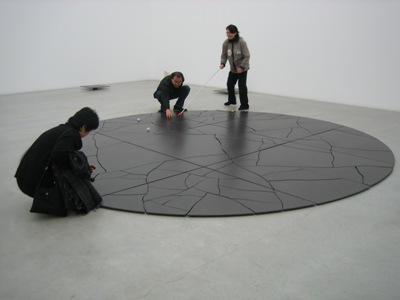 金沢21世紀美術館にて(2005年12月)