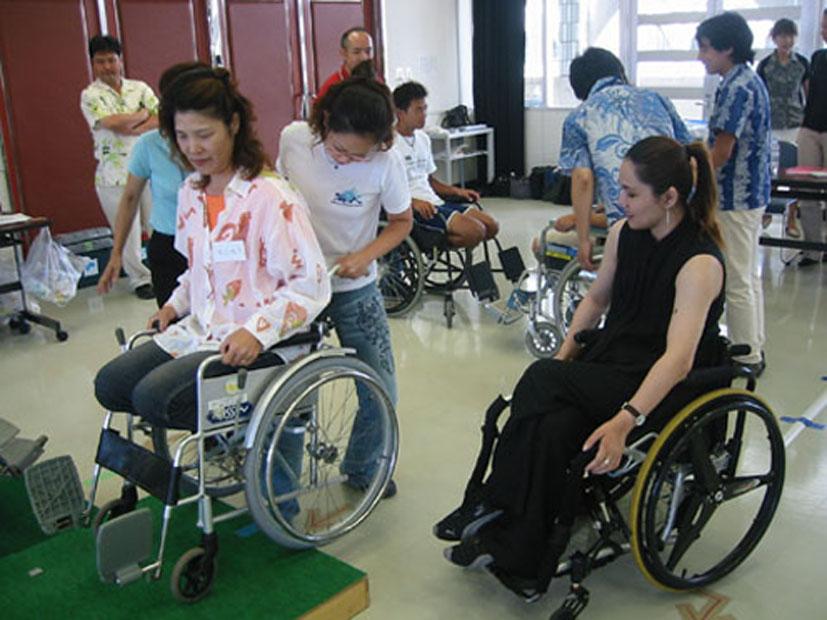 障害のある当事者が講師を務める