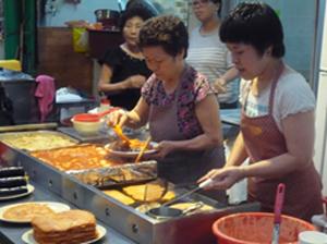 西帰浦(ソギポ)毎日オルレ市場