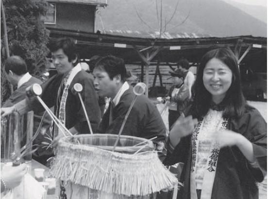 写真2   由布院温泉観光協会事務局長時代の光景