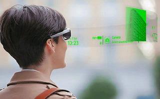 ソニーが開発中の透過式メガネ型端末『SmartEyeglass Developer Edition』。